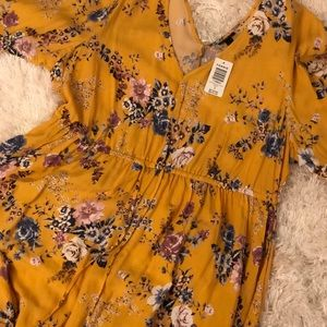 NWT Torrid Yellow Floral Dress